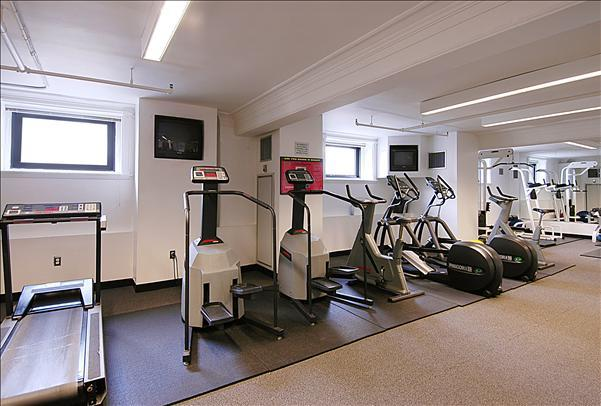 71 Broadway Fitness Center - Manhattan Rental Apartments