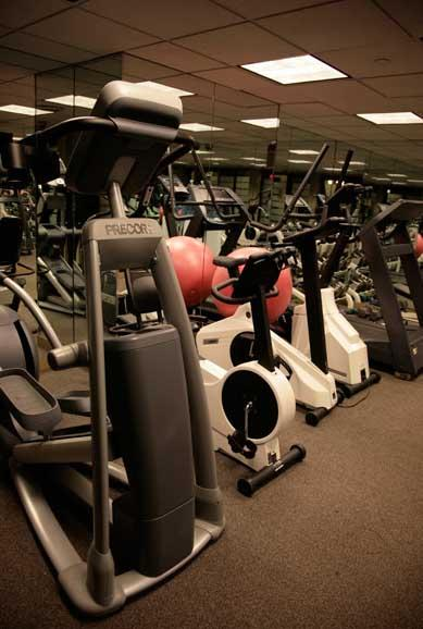 800 Fifth Avenue Fitness Center - NYC Rental Apartments