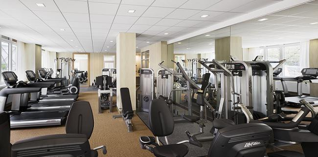 415 Main Street Fitness Room - NYC Rental Apartments