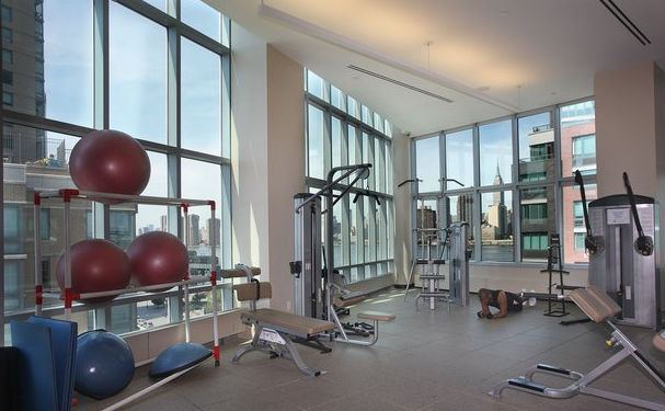 Fitness Room - The Club - LIC Rentals