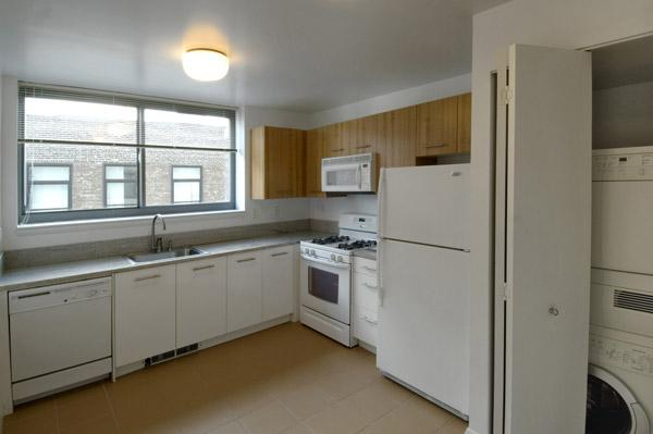 Rental Apartments at  800 Sixth Avenue Kitchen