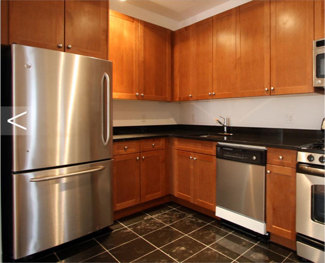 135 William Street Kitchen - Financial District  Apartment Rentals