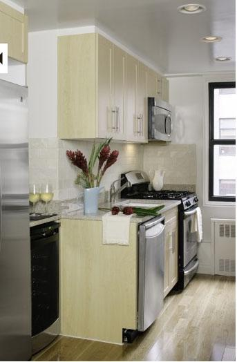 Stonehenge 33 Kitchen - Manhattan Apartments for rent