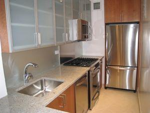 30 Park Avenue Kitchen - Murray Hill Rental Apartments