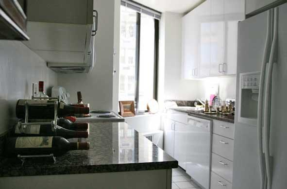 800 Fifth Avenue apartments Kitchen