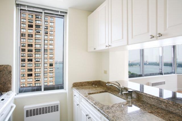 1735 York Avenue Kitchen - Manhattan Rental Apartments