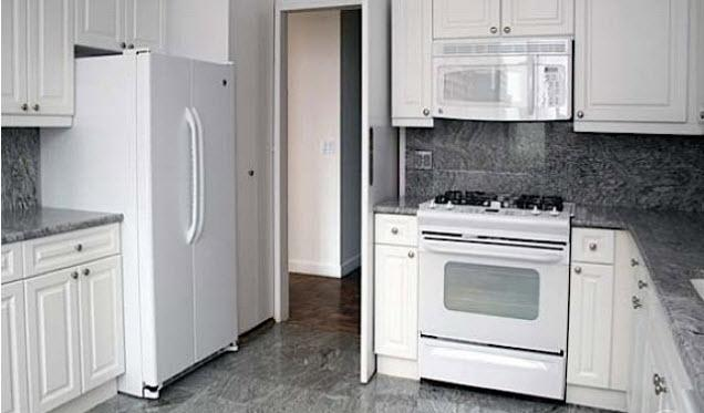 Rental Apartments at 450 North End Avenue Kitchen