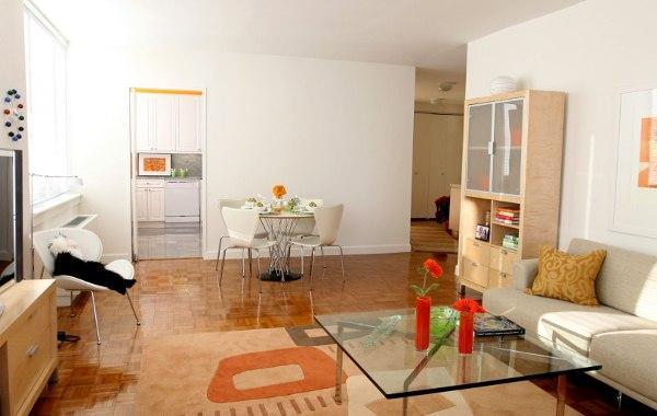 Tribeca Bridge Tower rental building Living Area - NYC Flats