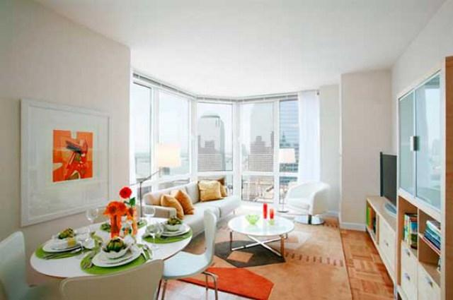 10 Barclay Street Living Room - NYC Rental Apartments