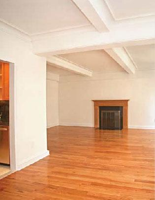 Claridge's Living Room - Manhattan Apartments for rent