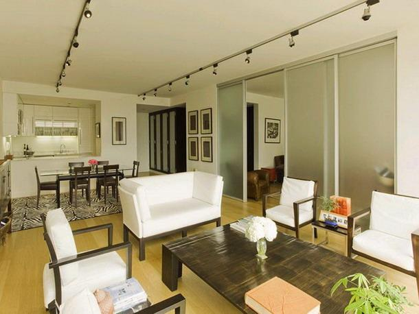 641 Fifth Avenue Living Room with Dining Area - Manhattan Rental Apartments
