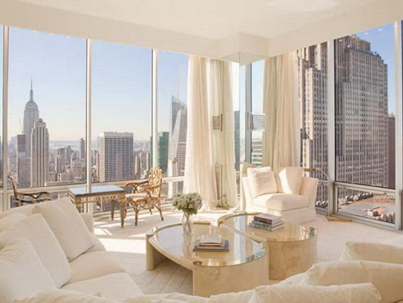 Olympic Tower Living Room - Manhattan Apartments for rent