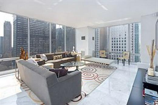 641 Fifth Avenue Living Room - NYC Rental Apartments