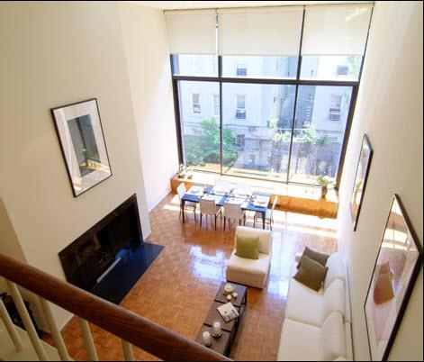 Solow Townhouses Living Room - Manhattan Apartments for rent
