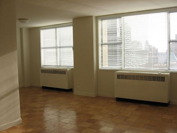 320 East 46th Street Living room - NYC Rental Apartments