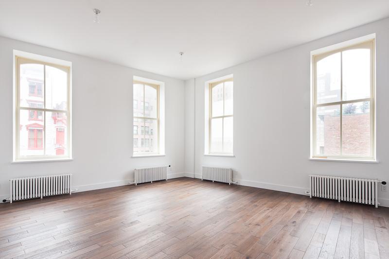 53 Howard Street Living Room - Manhattan Rental Apartments