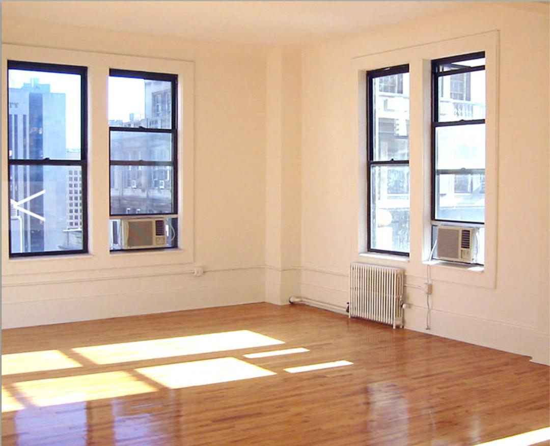 135 William Street Living Room - Financial District apartments for rent