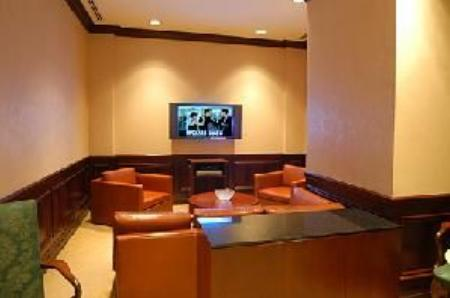 The Beekman Regent Lobby – Manhattan Apartments for rent