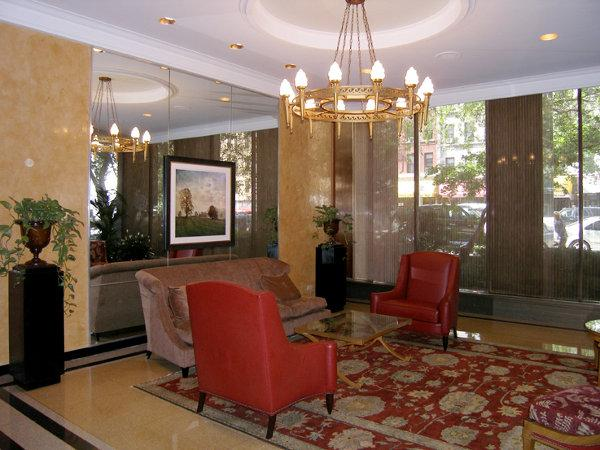 The Cambridge Lobby - Manhattan Apartments for rent