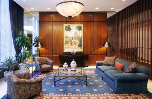 The Belmont Lobby - Midtown East Apartment Rentals