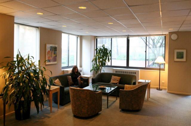 1735 York Avenue Lounge - Upper East Side Rental Apartments