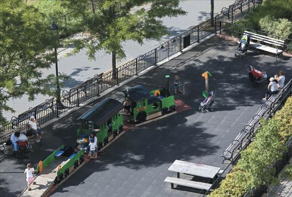 160 Riverside Boulevard Playground – Upper West Side Apartment Rentals