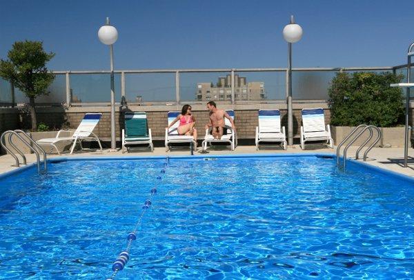 1385 York Avenue Pool  - NYC Rental Apartments