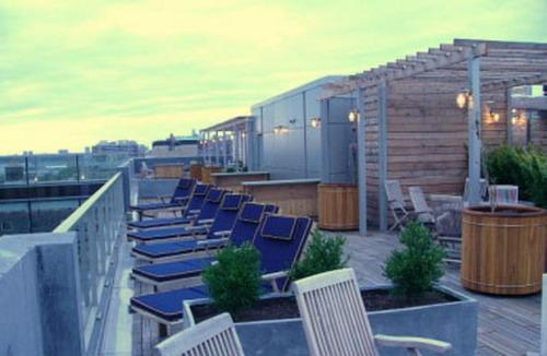 Truffles Tribeca Roof Garden - Manhattan Apartments for rent