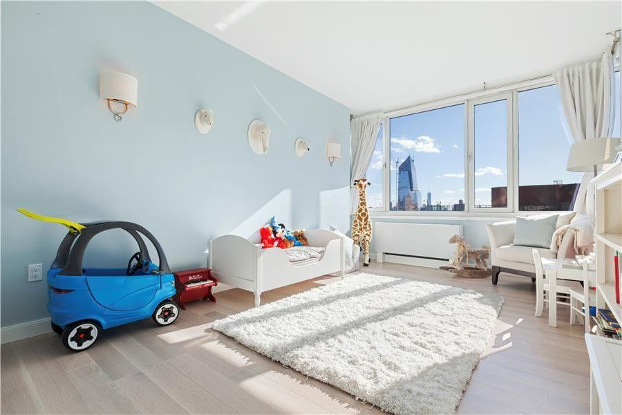 Children room at Ambassador East - Apartments for rent in NYC