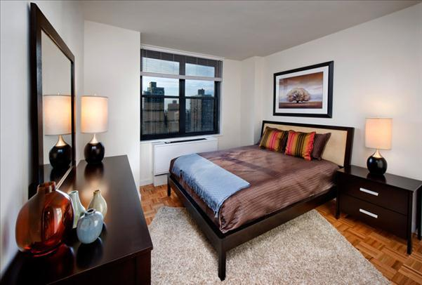 Bedroom - 303 East 83rd Street - Luxury Rentals on the Upper East Side