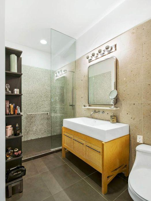 Bathroom - 27-28 Thomson Avenue- LIC Rentals