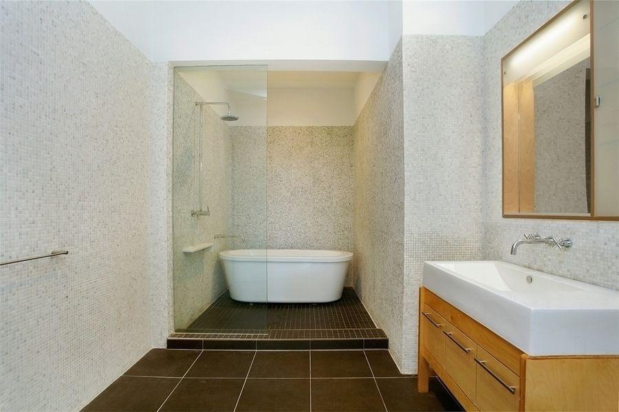 Bathroom - Arris Lofts - LIC Rental Apartments