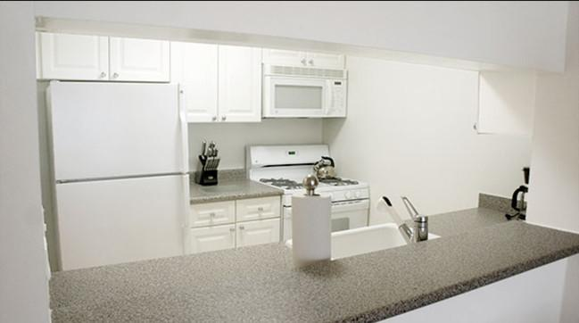 Avalon Midtown West apartments Kitchen