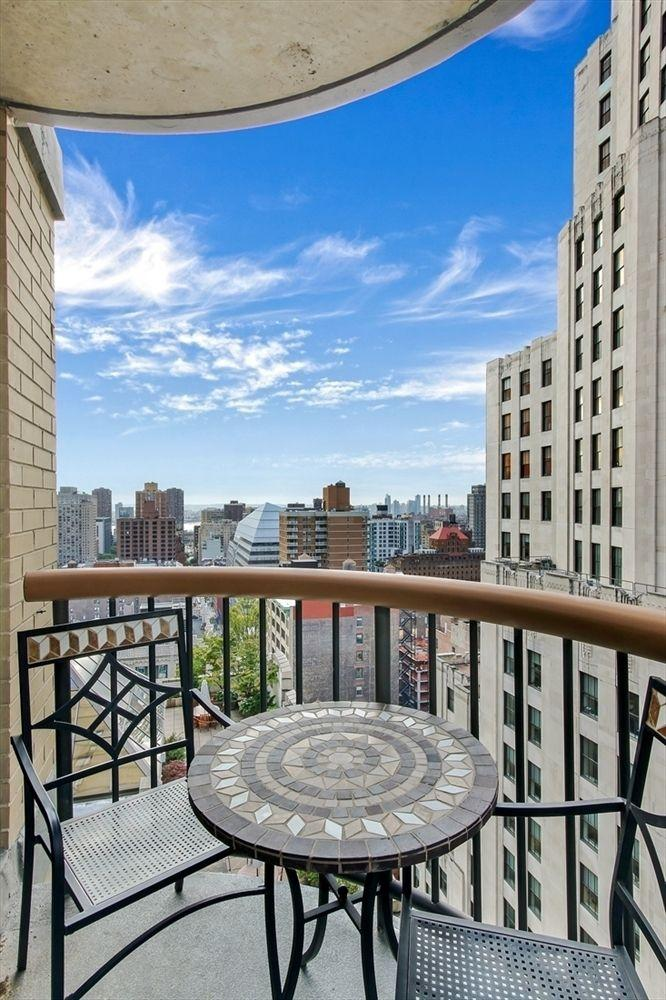 Balcony at The Stanford - 45 East 25th Street