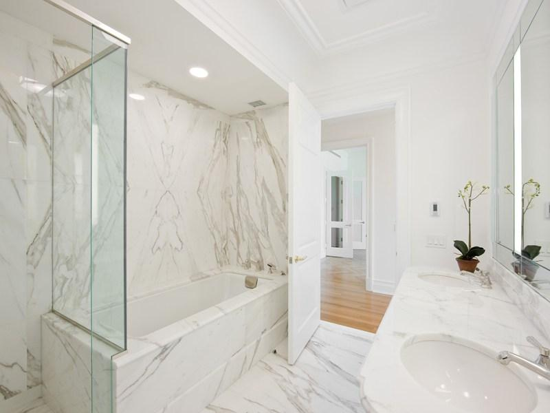 Bathroom 15 Central Park West - Apartments for Rent Manhattan