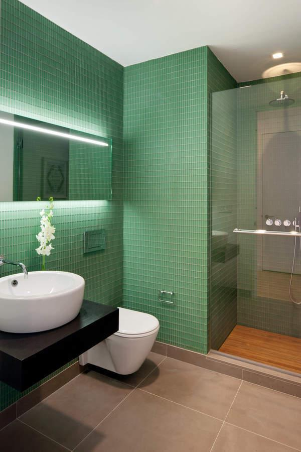 Bathroom at The Laurel - 400 East 67th Street
