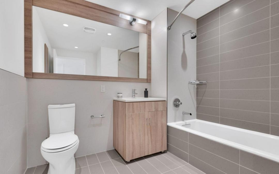 The bathroom at 14-01 Broadway