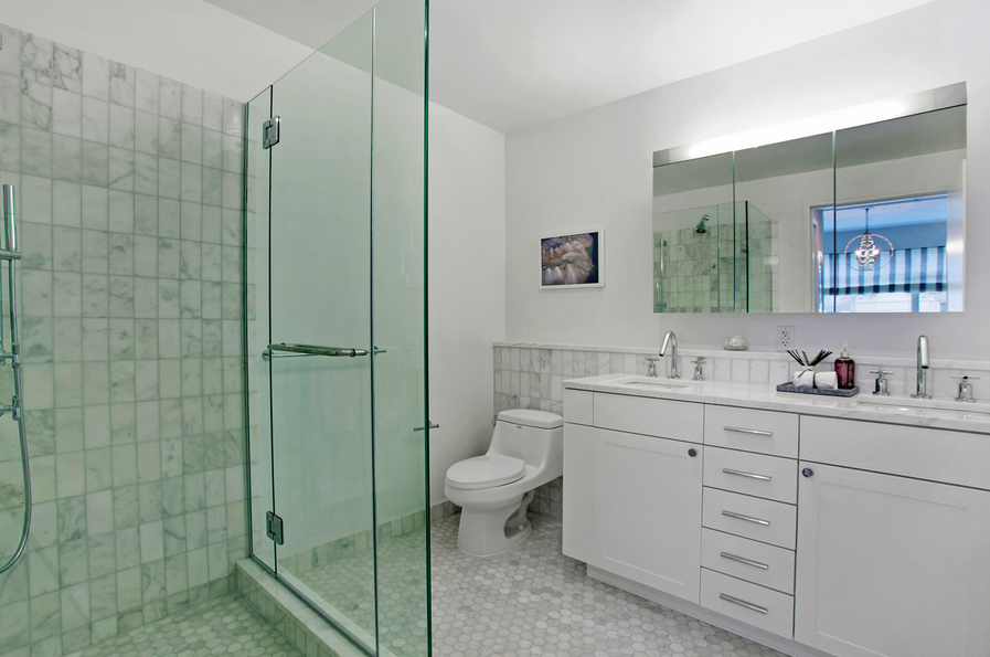 75 Clinton Street Bathroom, Brooklyn Heights Apartments for Rent