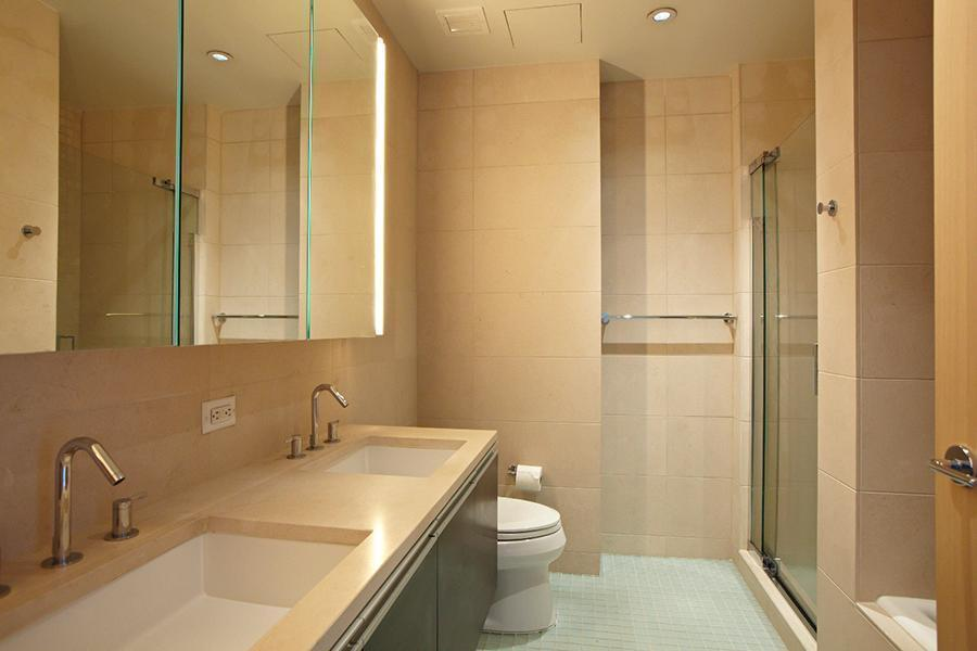 Luxury Rentals in Greenwich Village - One Ten Third - Bathroom