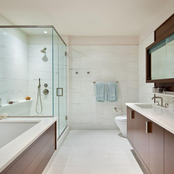 60 Riverside Boulevard Apartments for Rent - Bathroom