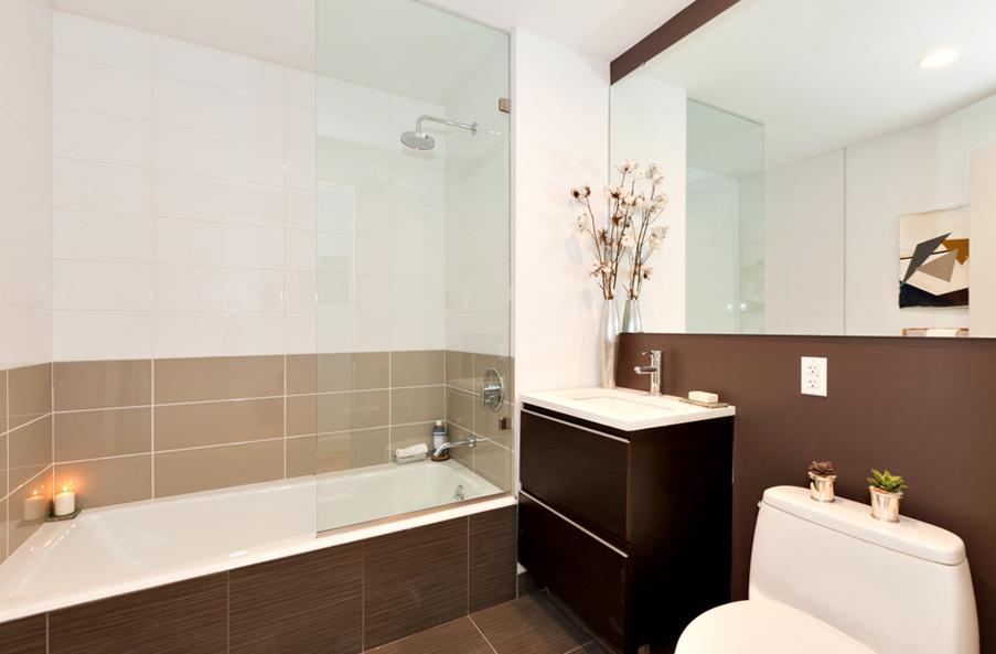 Bathroom in the Powerhouse Yard Condominium