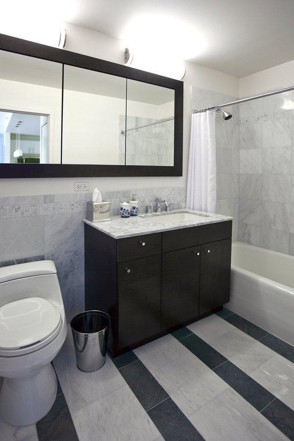 Bathroom 2130 ACP Boulevard - NYC Rentals
