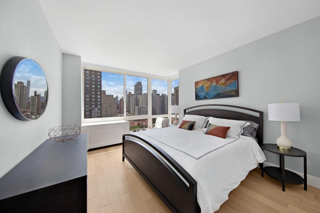 Bedroom at 389 East 89th Street
