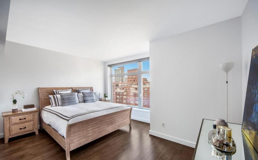 Bedroom at The Laurel - 400 East 67th Street