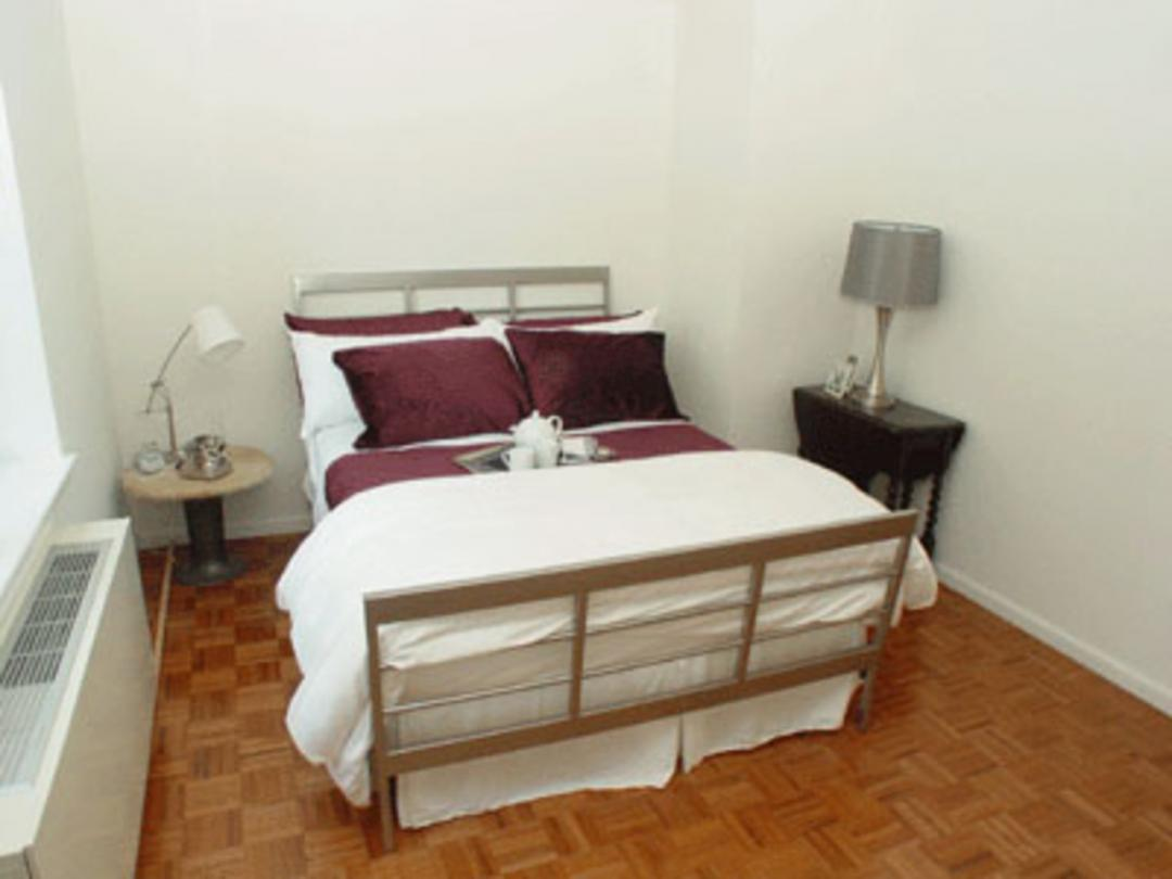 350 West 43rd Street Bedroom - NYC Rental Apartments