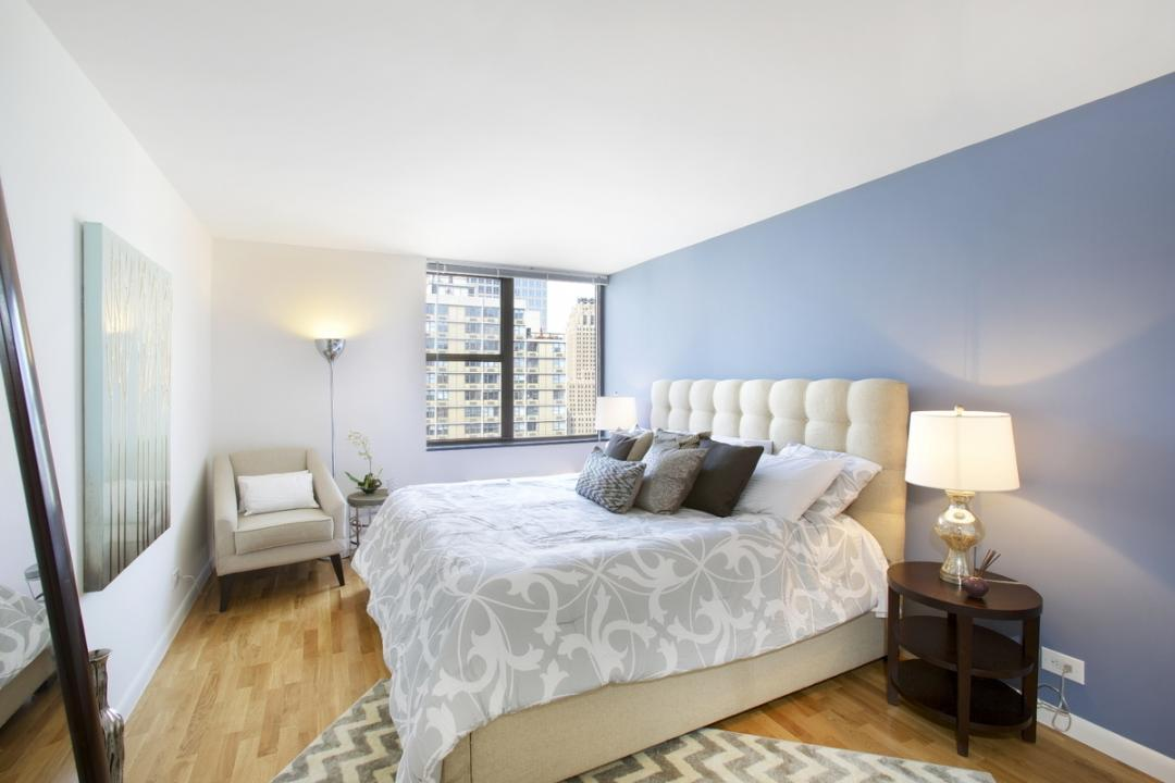 Bedroom at Gateway Plaza - 395 South End Avenue