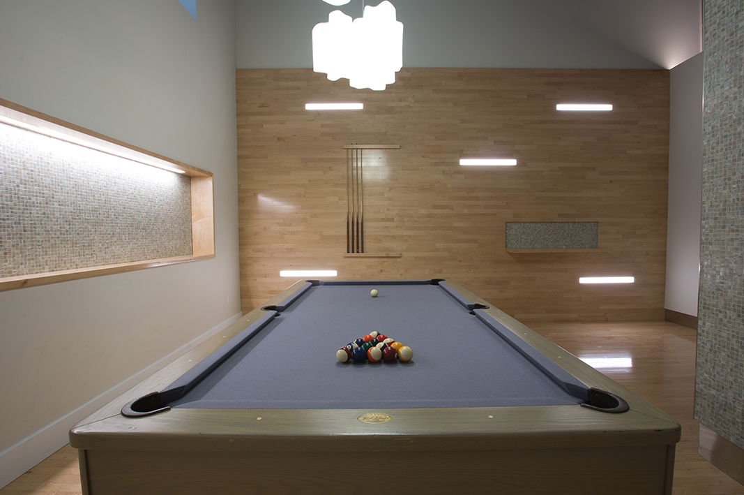 The Metropolis Billiards -  Manhattan Apartments for rent