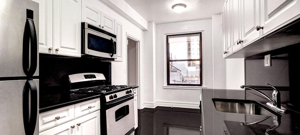 160 East 48th Street Kitchen - Luxury Condos in Turtle Bay