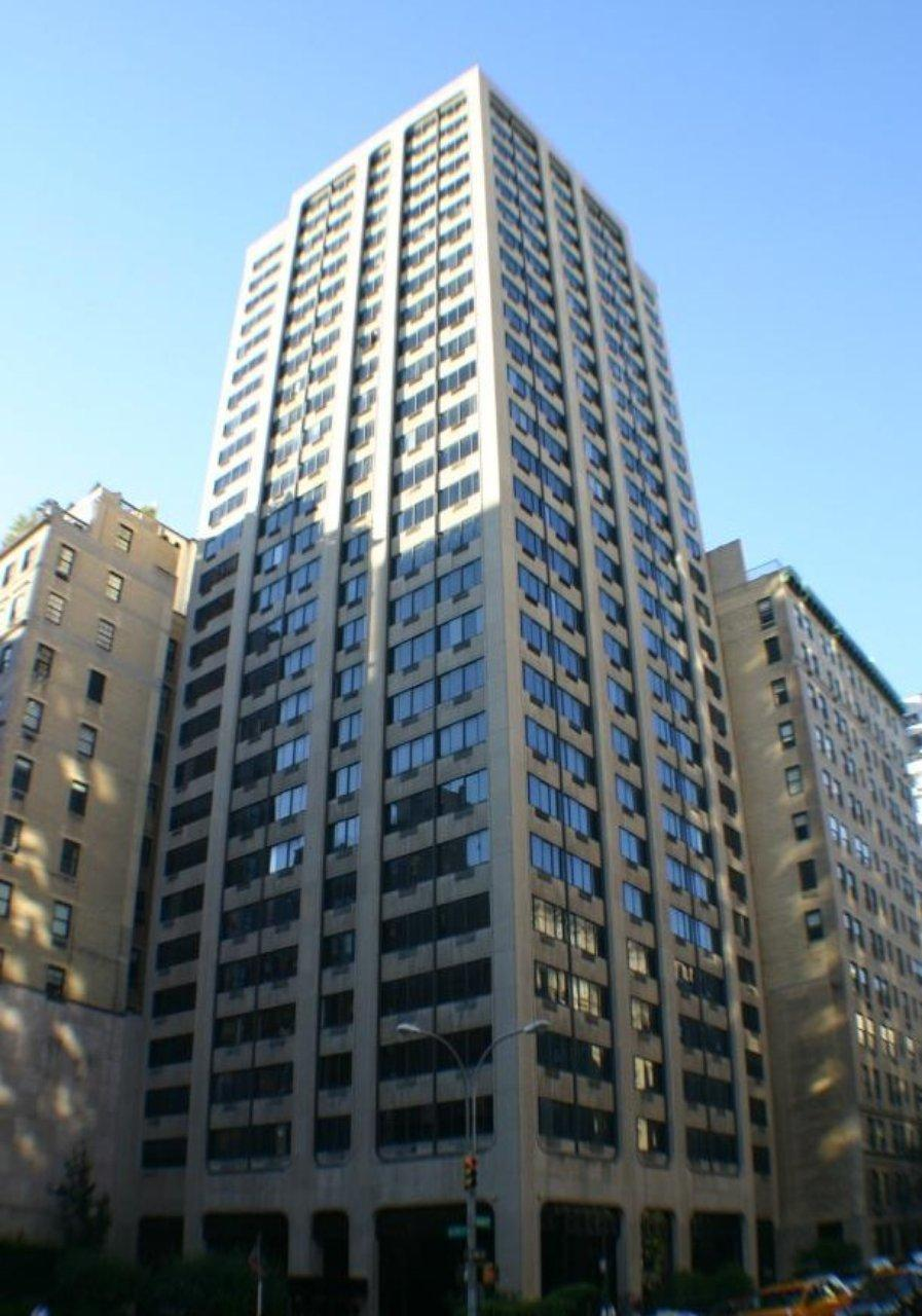 Apartments for rent at 900 Park Avenue