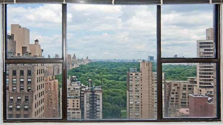 View at Carnegie Mews in NYC - Apartments for rent